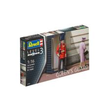 Revell 1:16 Queen's Guard