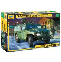 Zvezda 1:35 Russian Armored Vehicle GAZ-233014 Tiger