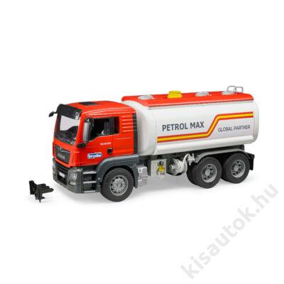Bruder MAN TGS üzemanyag szállító