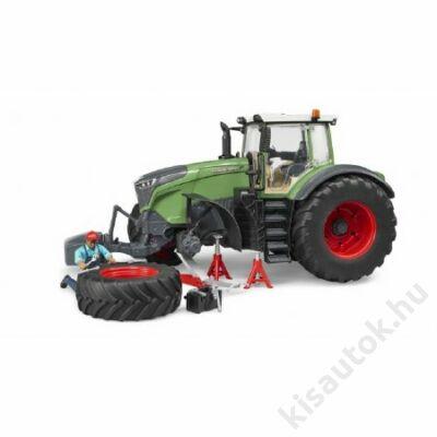 Bruder Fendt 1050 Vario traktor munkással és szervizberendezéssel