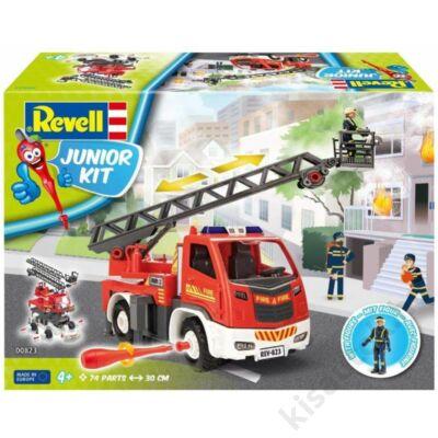Revell 1:20 Létrás Tűzoltóautó tűzoltóval JUNIOR KIT