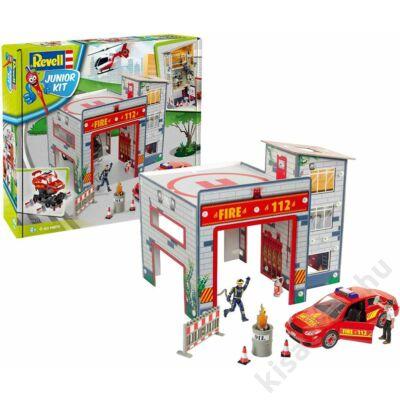 Revell 1:20 Play Set tűzoltóállomás autóval és tűzoltókkal JUNIOR KIT