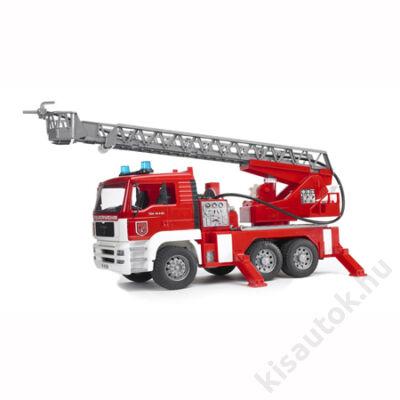 Bruder MAN tűzoltóautó vízpumpával, hang és fényeffektek