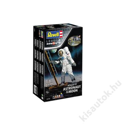 Revell 1:8 Apollo 11 Astronaut on the Moon 50th Anniversary Gift SET